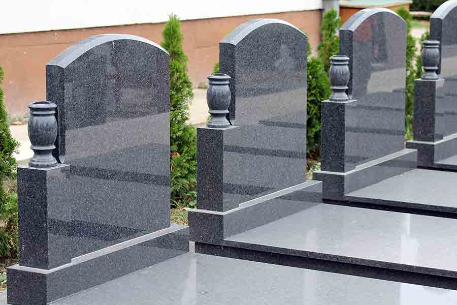 Benefits of pre-planning your headstone